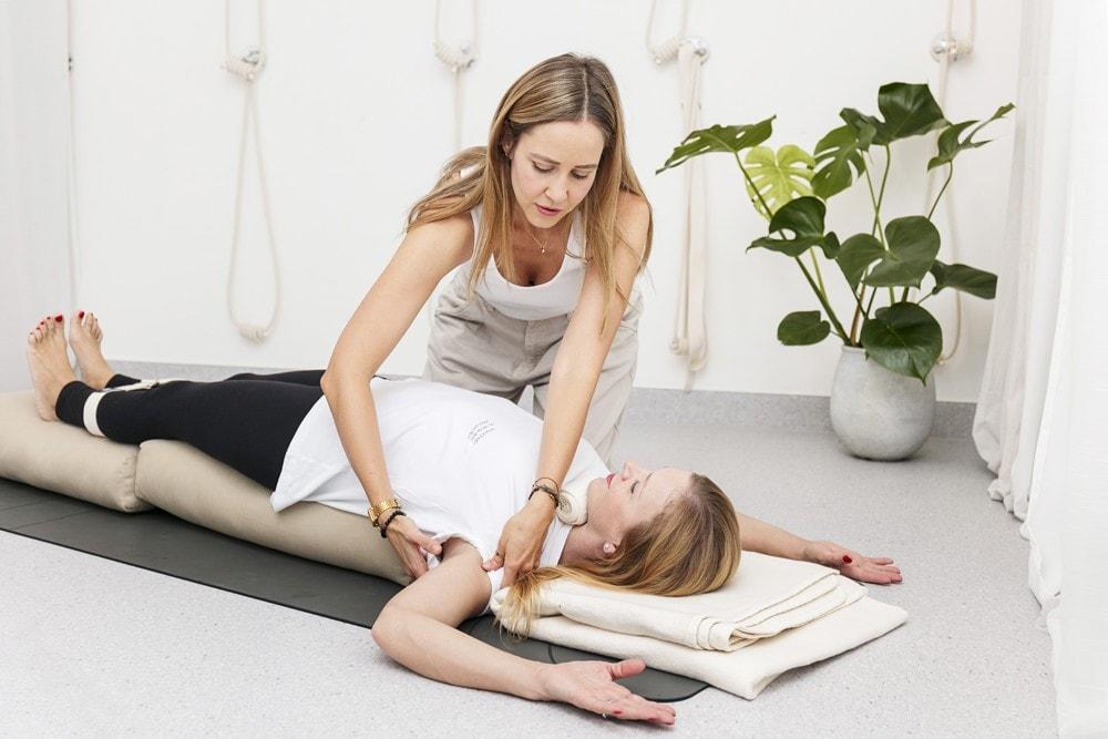 lekce jogy na miru ve studiu